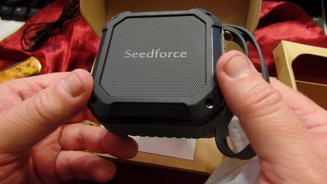 Seedforce Waterproof Bluetooth Speaker Review - Dragon Blogger