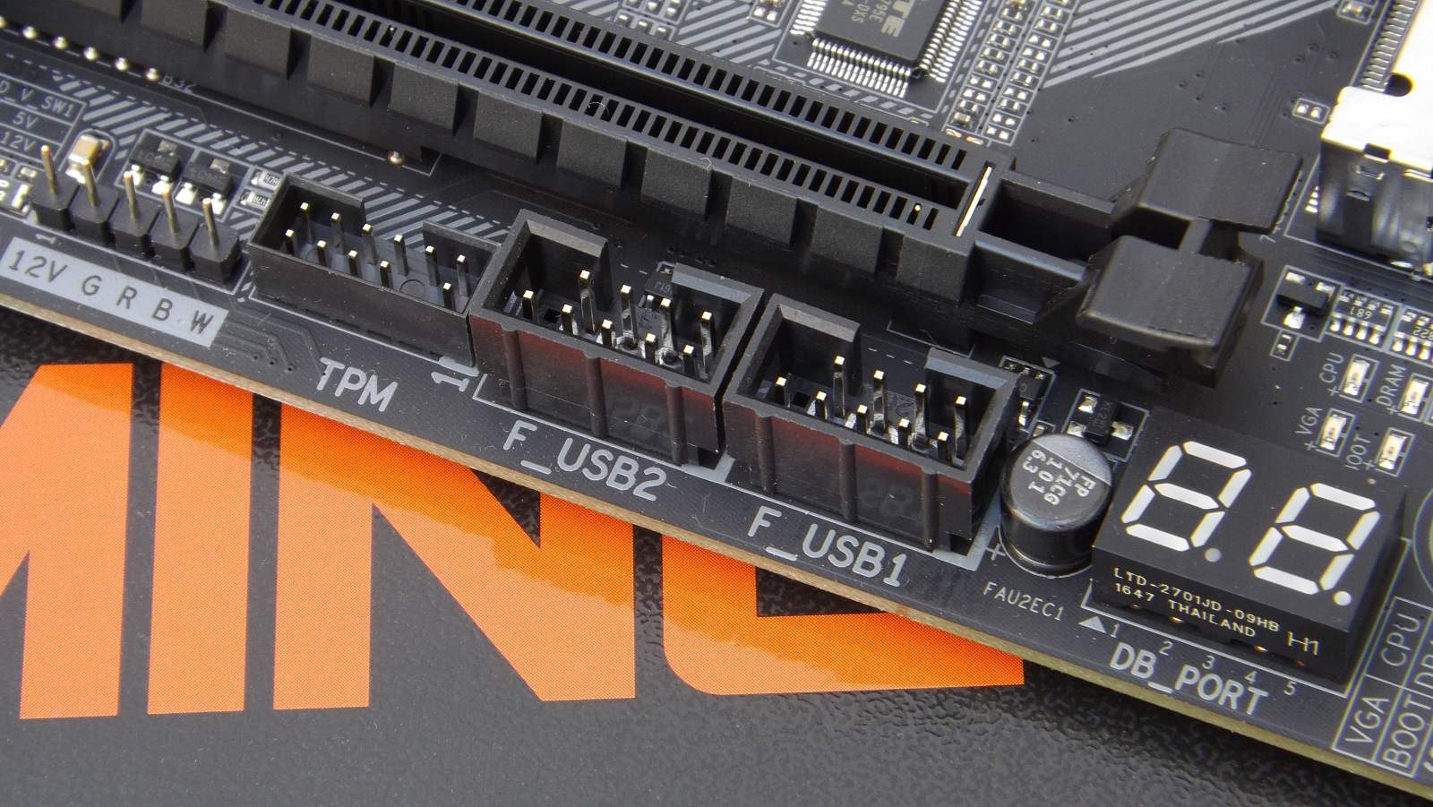 Gigabyte Aorus Z370 Gaming 5 Motherboard Review - Page 2 of 8