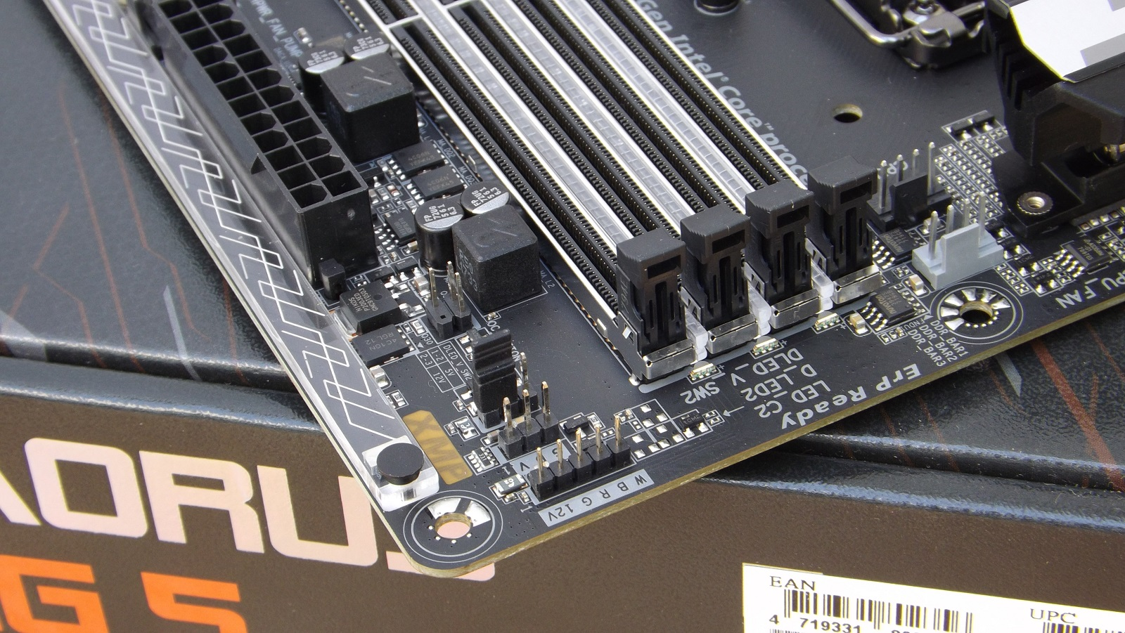 Gigabyte Aorus Z370 Gaming 5 Motherboard Review - Page 2 of