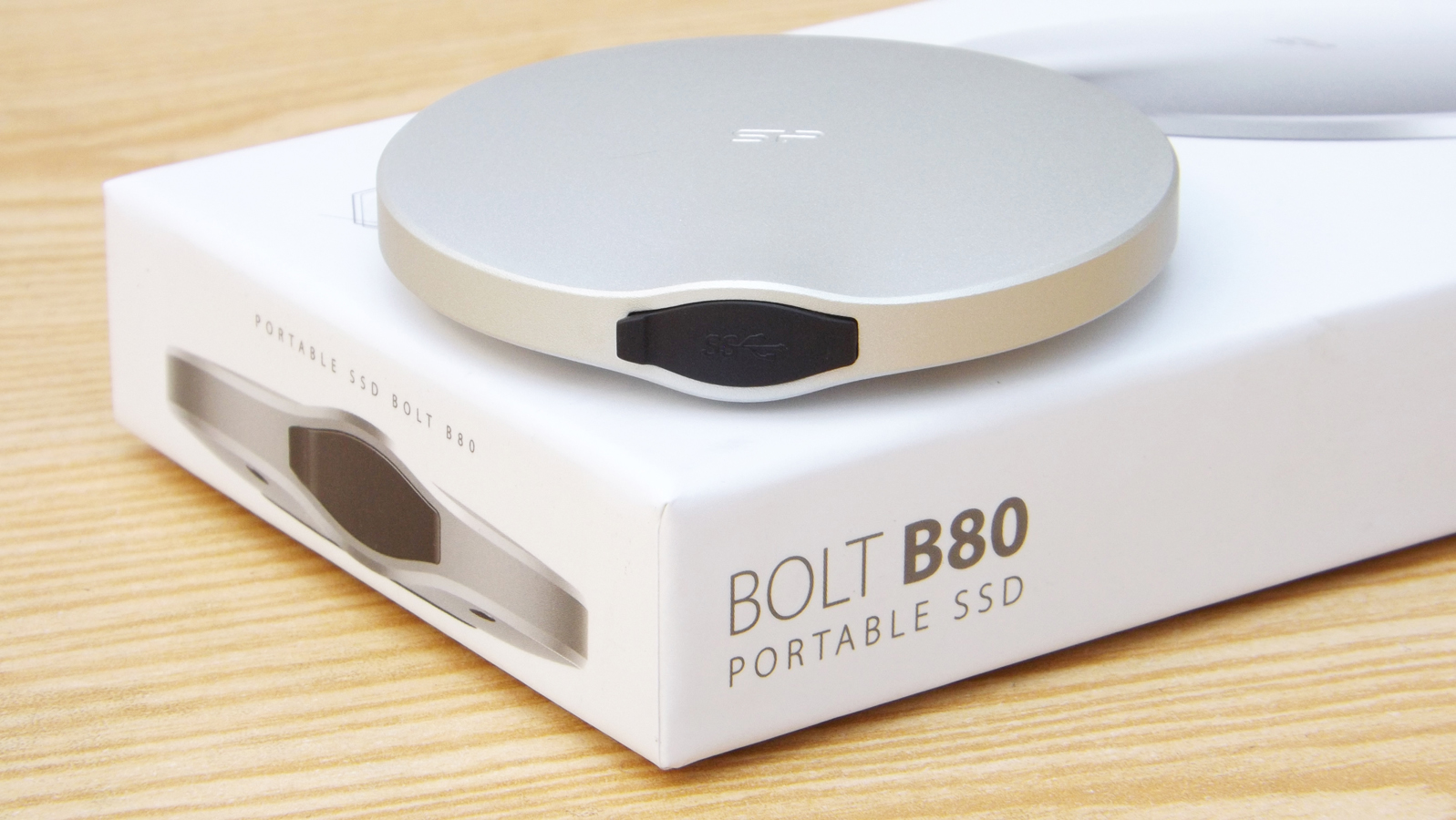 Silicon Power Bolt B80 120GB Portable SSD Review - Dragon Blogger Technology